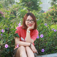 chi-hoa-khach-hang-ong-hut-giay