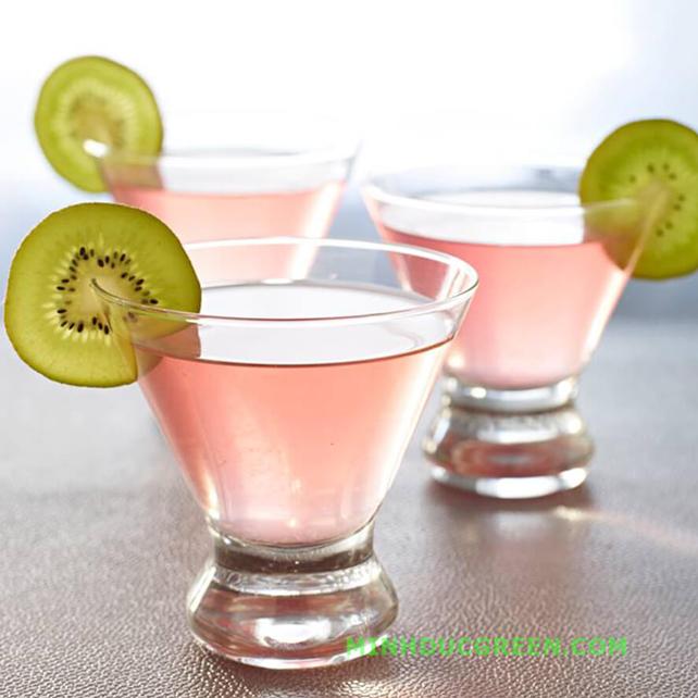 Cách pha chế cocktail vodka với kiwi