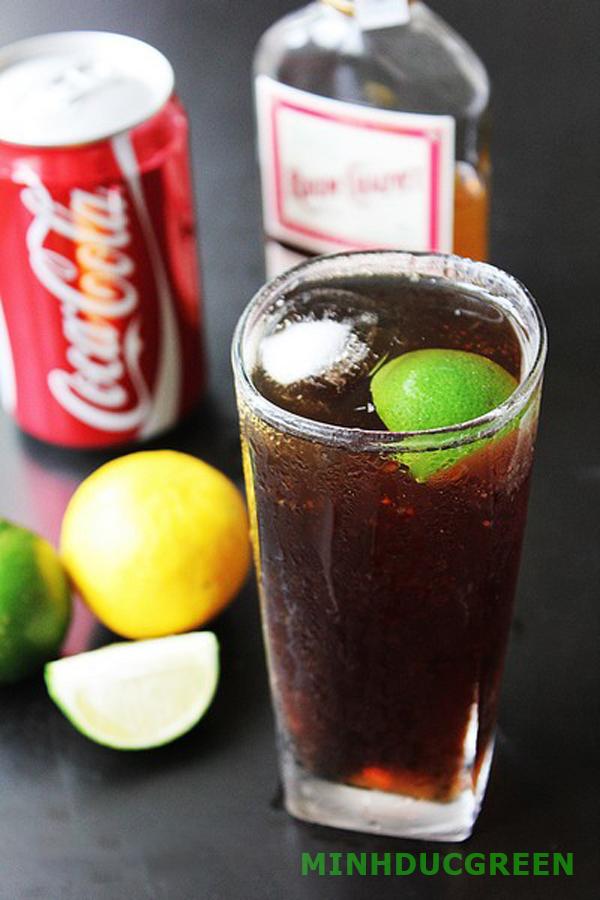 Cách pha chế cocktail từ vodka với coca