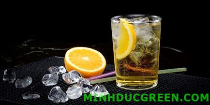 Cách pha chế cocktail từ vodka với bò húc